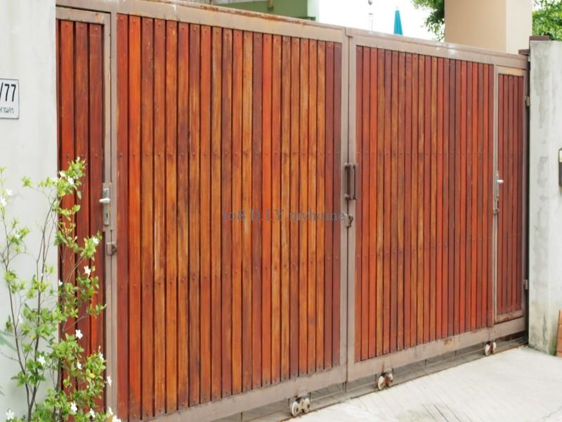 ประตูรั้วไม้,ประตูรั้ว,ประตูบ้าน